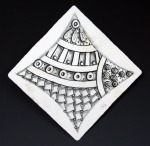 zentangle brooch 3
